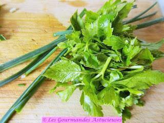 Galettes lentilles-boulgour-sarrasin-épinards à la croûte d'herbes (Vegan)
