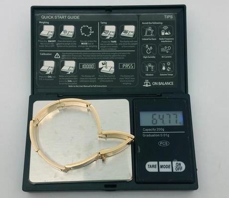 test poids or du gros bracelet en or de 65 grammes