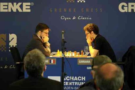 Le grand-maitre international d'échecs français Maxime Vachier-Lagrave perd contre l'Américain Fabiano Caruana dans la ronde 7 laissant s'envoler ses chances de victoire dans le tournoi - Photo © site officiel