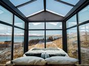 chambre totalement vitrée milieu nature aurores boréales