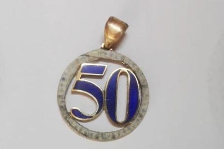 finalisation pendentif lapis lazuli en or