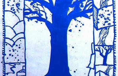 Arbre bleu