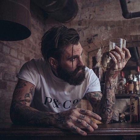 [Guide] L'huile de barbe : comment ça marche et quelles sont ses actions ?