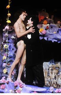 Théâtre ludwighien: Monsieur Vénus ou le Rêve fou de Louis II de Bavière, une pièce de Pierre Spivakoff.