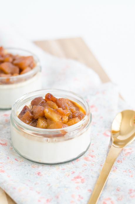 Panna Cotta aux Pommes Caramélisées