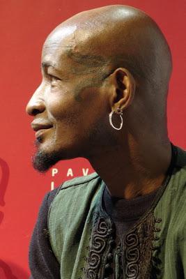 L'écrivain togolais Kossi Efoui à Livre Paris au Pavillon Lettres d'Afrique