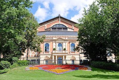 Tatort fait un tournage à la Maison du Festival de Bayreuth!