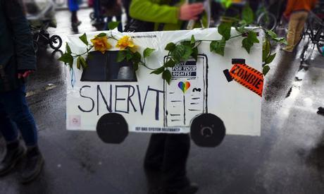 Mietenwahnsinn Demo in Berlin  / La manif contre la folie des loyers