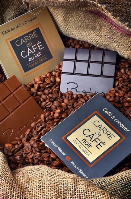 Carré de Café 100% Arabica, un café en tablette, créér par Vincent Ferniot l'inventeur et François Pralus le créateur :