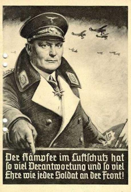 Broschure mit einer Rede Hermann Gorings uber die Bedeutung des Luftschutzes am 14. November 1935 im Berliner Sportpalast