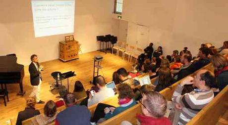 la conférence très suivie du grand maître international Darko Anic « Quel mental pour réussir en compétition aux échecs » - Photo  © Chess & Strategy