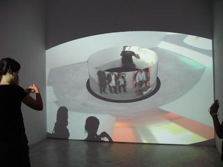 Masaki Fujihata (né en 1956 à Tokyo, il vit et travaille à Tokyo), Morel's Panorama, 2003, dimensions variables, dispositif interactif