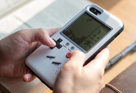 Wanle : une coque iPhone intégrant une Game Boy !