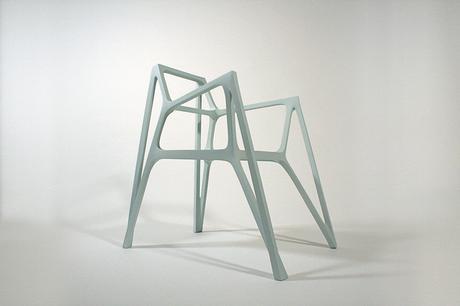 Ango chaise «obtusangle» par Benjamin Migliore et Albert Puig