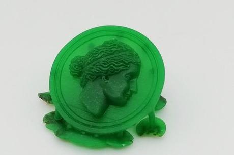 maquette en cire medaille visage grec