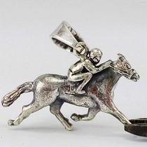 pendentif cheval en argent personnalisé