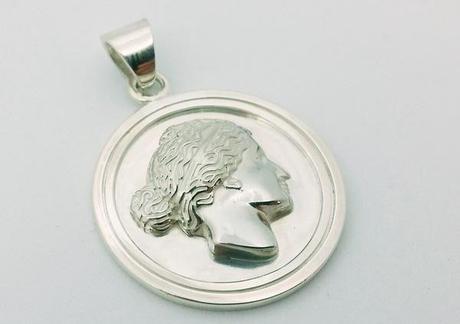 medaille argent fabriquée sur-mesure