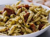 Recette salade pâtes tomates séchées, aubergine parmesan, saveurs basilic rose