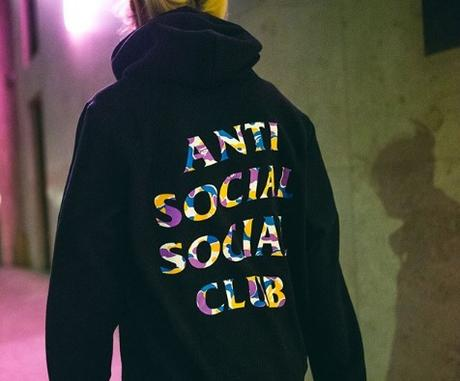Une nouvelle collaboration Anti Social Social Club x Bape
