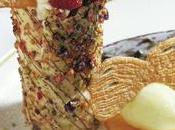 Millefeuille Cardamome fruits rouges éclats fleurs cristallisées