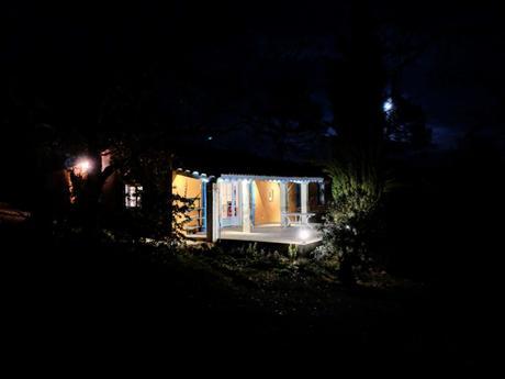 Le Paradou de nuit - Une Campagne en Provence
