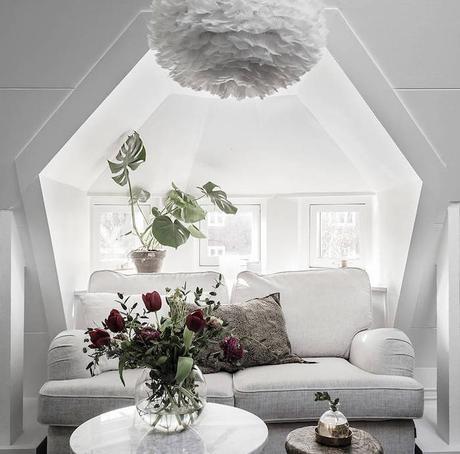 petit appartement blanc salon