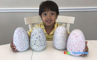 Ce garçon de 6 ans gagne 11 millions $ par année et nous sommes tous jaloux de son travail
