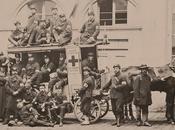Plus ancienne photo Croix-Rouge troisième repérée âgée ans…