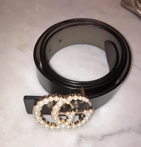DYNASTY : Gucci belt for Alexis Carrington in s1ep20