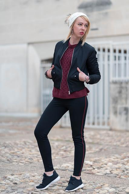 Rouge bordeaux et sportwear