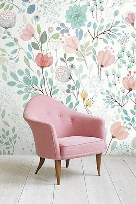 deco fleurie pastel fauteuil rose fleurs latte