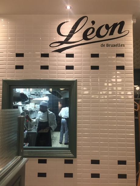 Soirée moules-frites-bière chez Léon de Bruxelles à Montigny-les-Cormeilles (95) !