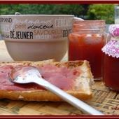 Confiture de fraises et rhubarbe - Oh, la gourmande..