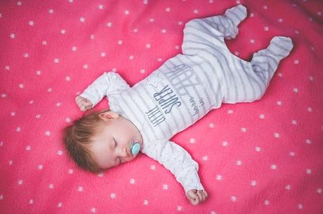 Bebe 5 mois se reveille plusieurs fois la nuit