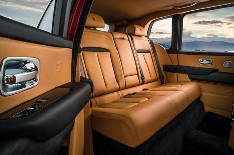 Rolls-Royce-Cullinan-11