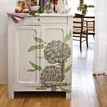 Quand ils ne sont pas dans nos assiettes ou nos potagers les artichauts habillent les meubles de la maison avec charme