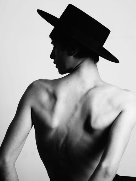 Ricardo Gomes : le photographe qui sait capter la beauté des hommes