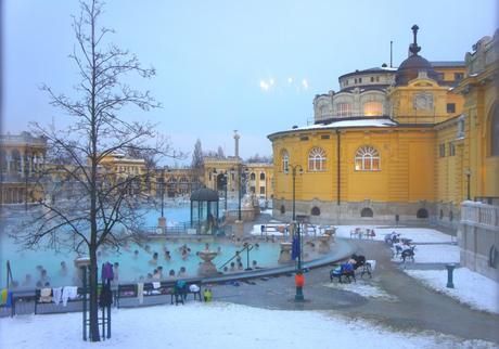 Les Bains Schenezy de Budapest