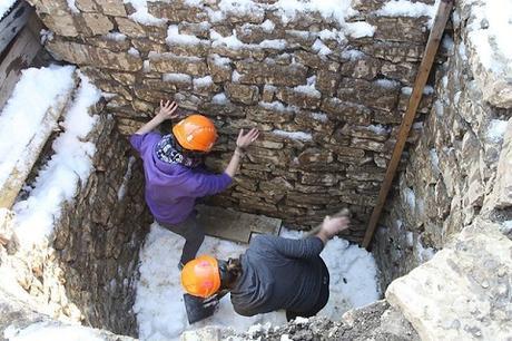 Des chercheurs suisses tentent de faire fonctionner ce qui pourrait être un ancien réfrigérateur romain