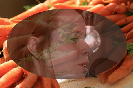Le buffet: Marie Claudel et la nourriture bonne pour la vue