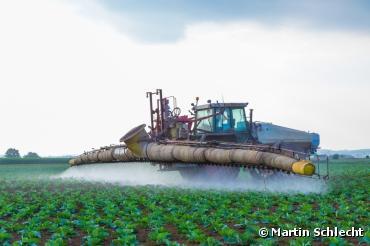 Pesticides : députés et gouvernement s'opposent à l'interdiction du glyphosate