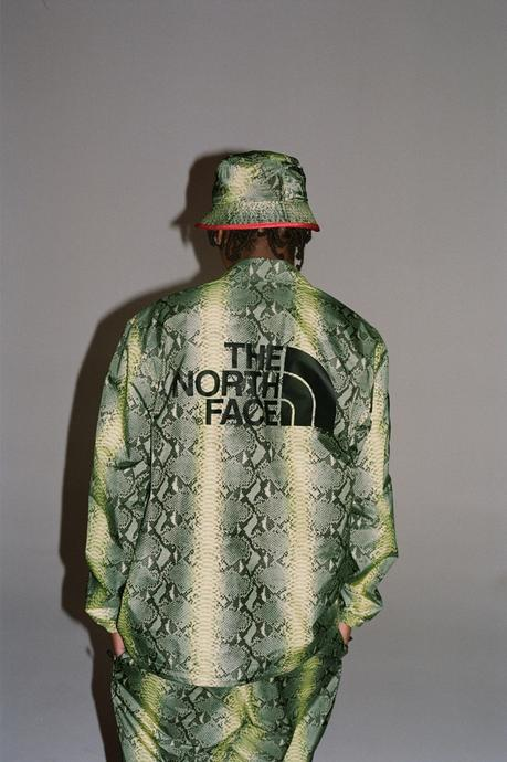 d0e8d16f90 La capsule SS18 Supreme x The North Face part 2 sort ce jeudi | À ...