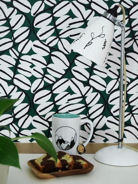 activité facile mug montagnes diy cadeau maitresse cake marbre gateau lampe noir graphique