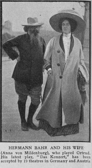 Bayreuth 1909. Hermann Bahr et sa femme Anna von Mildenburg (The Graphic 5)