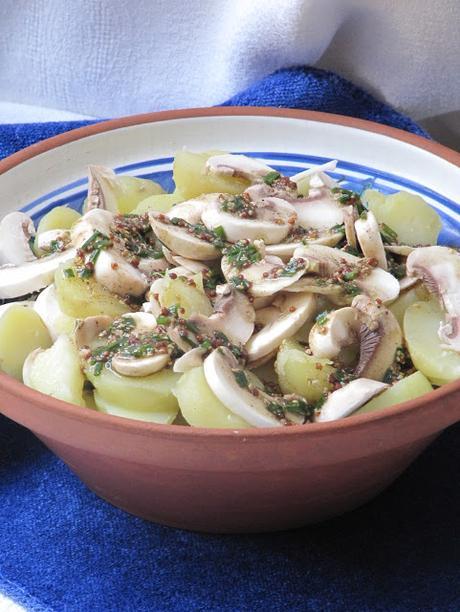 Salade de pommes de terre aux champignons