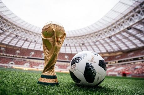ballon officiel adidas telstar18