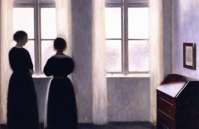 Silhouettes à la fenêtre