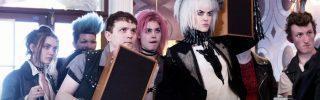 Critique How To Talk To Girls At Parties : il suffit d'utiliser le langage punk