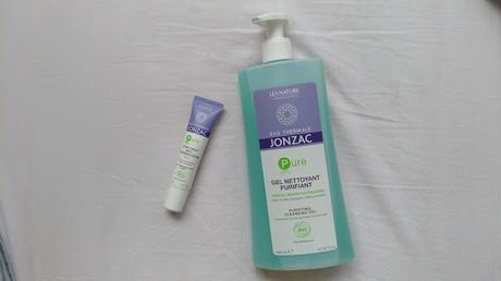 Tests : Le gel nettoyant et soin ciblé Eau thermale Jonzac