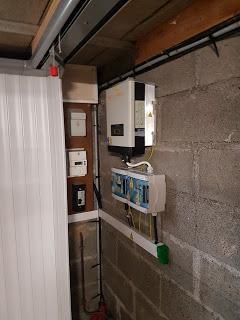Raccordement de l'onduleur aux panneaux photovoltaïques